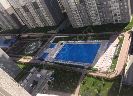 Fİ TOWER'DA GÜVENLİKLİ HAVUZLU SİTEDE 22.KAT 110 m2 ÇİFT BANYOLU - Yüzme Havuzu
