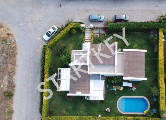 Çeşme Mamurbaba da Satılık Çok Lüks Villa