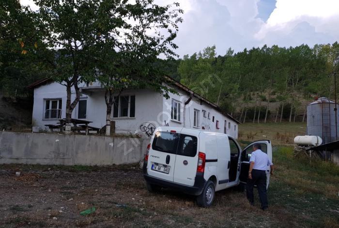 Mudurnu Yukarı Çepni Köyünde 80 Binlik Tavuk Kümesi Satılıktır
