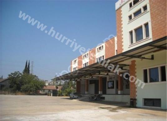 Antalya Toptancı Hal yakınında Meyve Sebze işleme ünitesi
