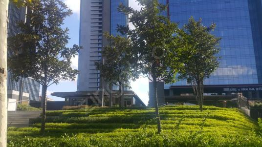 Mecidiyeköy Torun Center 200 m2 Teraslı Köşe Ofis / Muayenehane