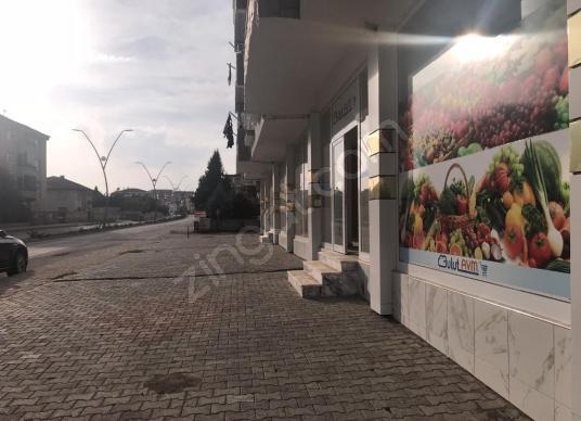 ELİF EMLAKTAN ATAŞEHİR MAHALLESİNDE CADDE ÜZERİ SATILIK DÜKKAN - Sokak Görünümü
