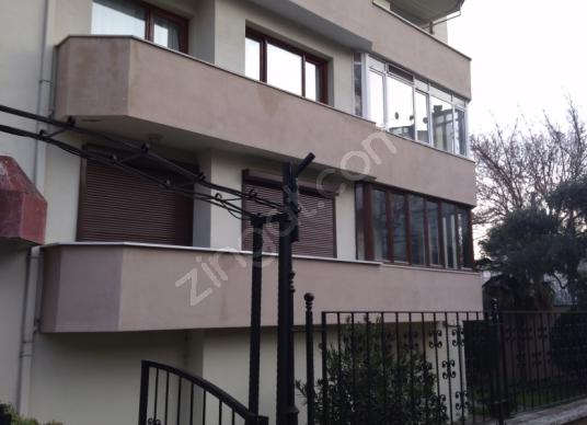 Referans Türkiye Safir'den Hat Caddesinde