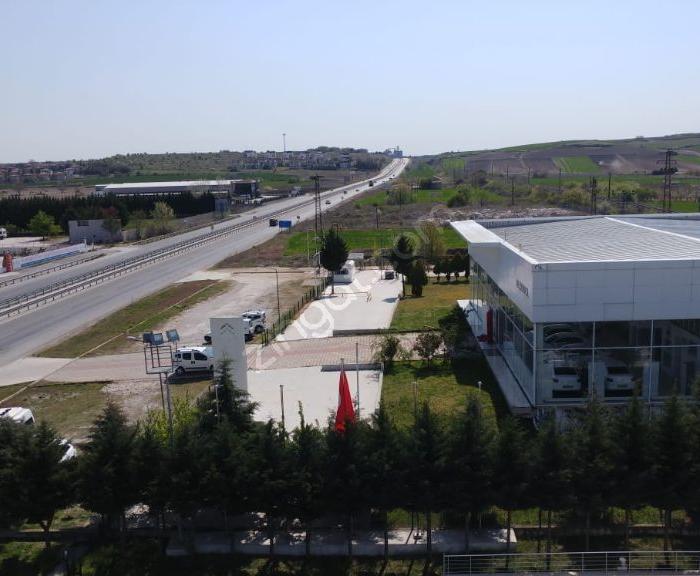 Eskıdjı Edirne'den Kiralık 3500 M2 Açık Alana Sahip Servis Yeri