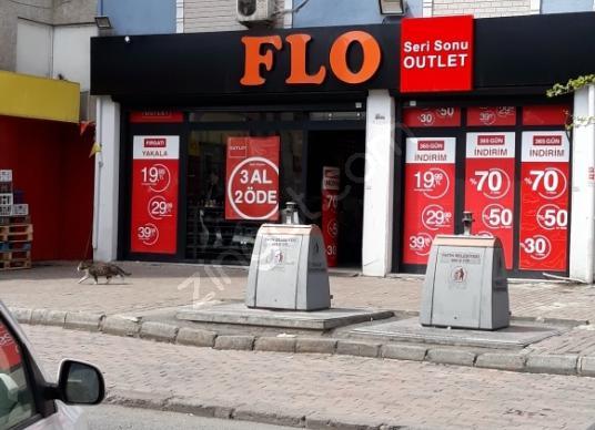 Fatih Koca Mustafapaşa'da Satılık AVM - Sokak Cadde Görünümü