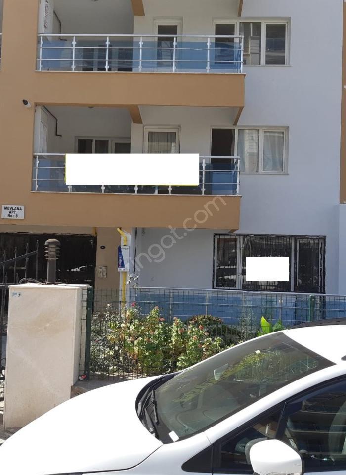 Ciğli Balatcık Mahallesin'de Hazır Kiracılı 3 + 1 Satılık Daire