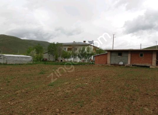 Bayburt Merkez Akşar Köyü'de Satılık Tarla
