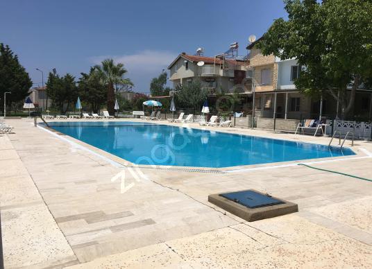 Davutlar Sahil Sitelerinde kiralık yazlık Villa - Yüzme Havuzu