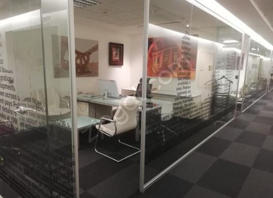 Plaza da boğaz manzaralı kiralık recidence ofis katı - undefined
