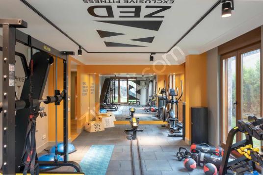 Konuta ve isyerine uygun, tamamen yenilenmis masrafsiz 2+1 - Spor Salonu