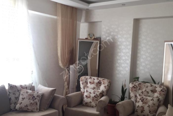 Nizip Mimar Sinan'da Kiralık 3+1 180 M2 Cadde Üzeri Daire