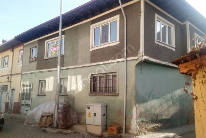Saraçlar Mahallesinde Satılık Müstakil Ev