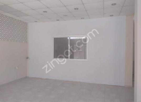 Buca Kozağaç Mahallesinde  90 m2 Bahçeli Satılık işyeri - Salon