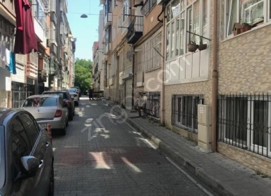 Sancaktar Tekkesi sokakta satılık 4 oda 1 salon daire - Sokak Cadde Görünümü