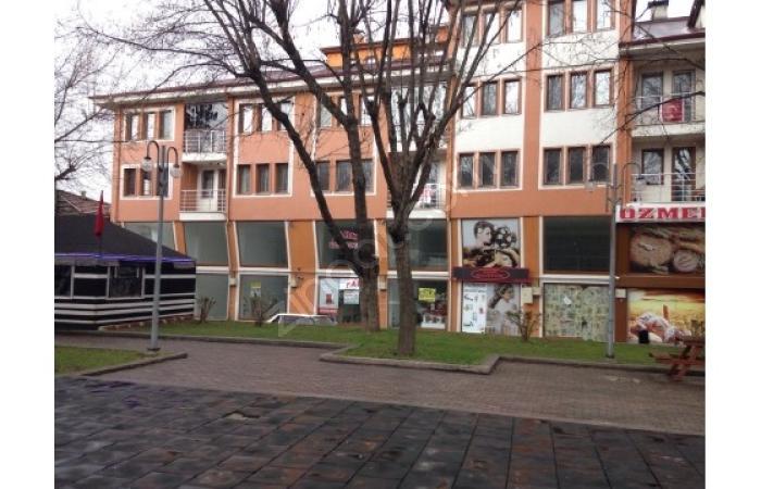 Hakan Emlak'tan Sinanbey Parkı Yanında Kiracılı Satılık Depo