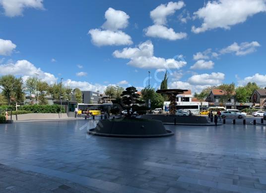 Ferko Binası Levent 600 m2 Kiralık Dekorlu Teslim Plaza Katı - Site İçi Görünüm
