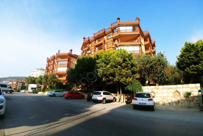 Kuşadası Ege Mahallesinde Muhteşem Manzaralı Apartman Dubleks