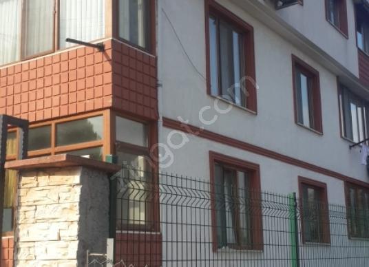 Gölcük Hisareyn Merkez'de Satılık Komple Bina 3 adet daire var