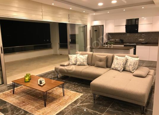 Dereboyu'nda Ultra Lüks 2+1  Yarı Eşyalı+ Klimalı  Penthouse - Oda