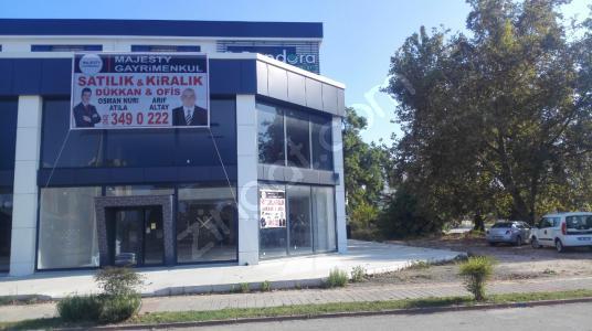 Güzeloba Rauf Denktaş Ana Cadde Üzeri Satılık Dükkan