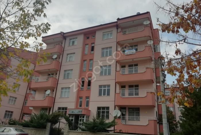 Meram Kozağaç'ta Ara Kat Bakımlı 3 Cepheli Geniş 3+1 Daire