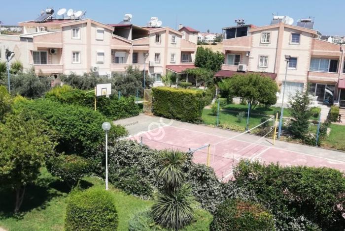 Didim Efeler Mah'de Havuzlu Sitede Fırsat Lüks 5+1 Villa
