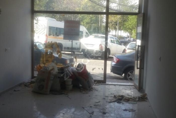 Şehzadeler Alaybey'de Kiralık Dükkan