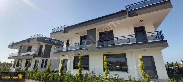 Didim Efeler'de Site İçerisinde 3+1 Lüks Akıllı Sistem Villa