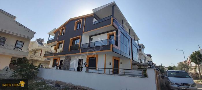 Didim Efeler'de Bahçeli Şık Tasarım 3+1 Villalar