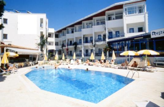 BODRUM TURGUTREİS'TE SATILIK OTEL - Yüzme Havuzu
