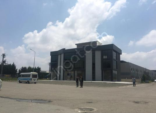 sakarya üçel emlakt'an yazlık spor salonu arkasında kiralık bina