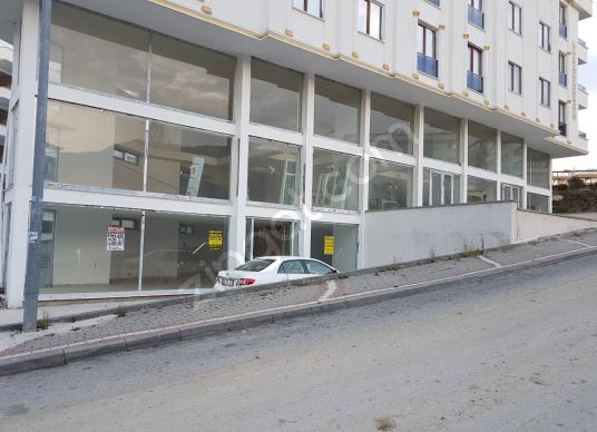 ÇINARCIK MERKEZDE SIFIR BİNADA 820M² 3KATLI LÜX DÜKKAN