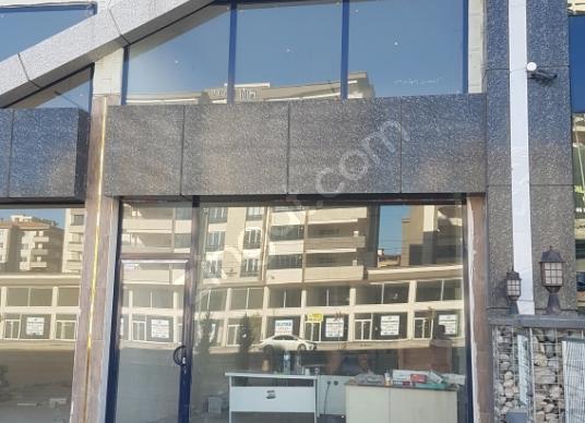 İbn-İ Sina'da Kiralık 2.5 kat Lux  Dükkan / Mağaza
