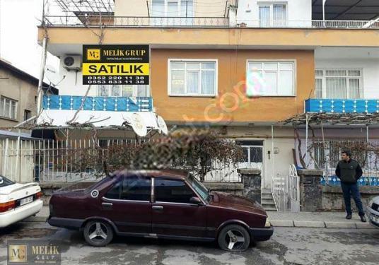ERKİLET BULVARI ÜZERİ Atatürk Lisesi arkasında 165m2 3+1 DAİRE - Açık Otopark