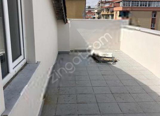 Kavacık Merkezde 3+1 Çatı Kat Teras Kullanımlı Daire - Balkon - Teras