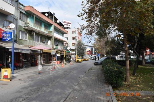 Karabağlar Aydın mahallesinde cadde üstü