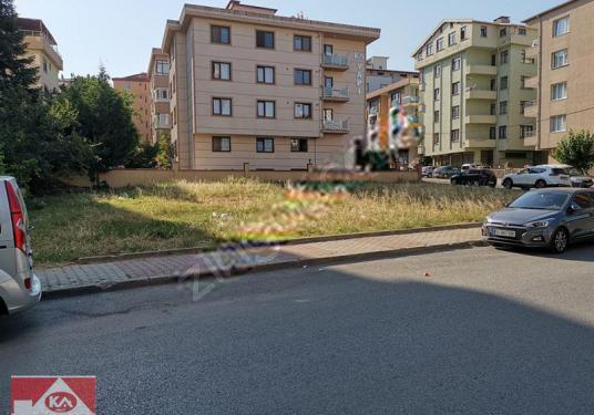 Yakacık anayola toplu ulaşıma ve okula yakın satılık 640 m2 arsa - Sokak Cadde Görünümü