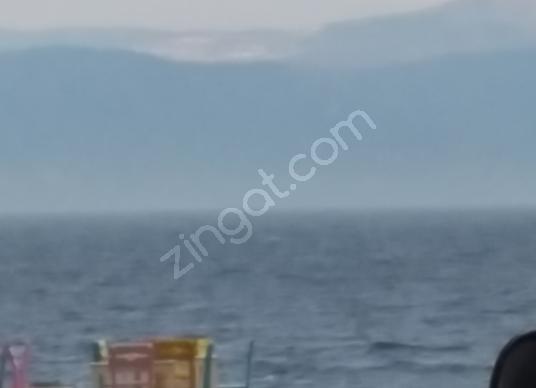 Mudanya Halitpaşa'da Kiralık Müstakil Ev 3 katlı denize 50 mt