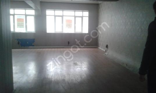 İSTANBUL 4.LEVENT EMNİYETEVLERDE 130 m² HER İŞE UYGUN İŞYERİ - Salon