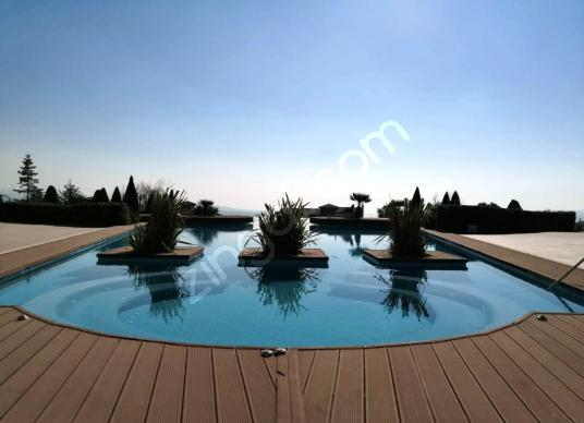 Beylikdüzü,Büyükçekmece,Müstakil,Site İçinde,Satılık Lüx Villa - Yüzme Havuzu