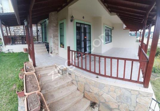 SEFERİHİSAR DOĞANBEYde SATILIK MÜSTAKİL 400 m2, 5+2 VİLLA YAZLIK - Balkon - Teras