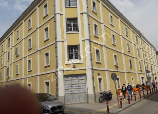 Alsancak Tapu binası yanı otoparklı kiralık ofis 1800 tl - Sokak Cadde Görünümü