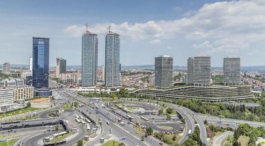 Zincirlikuyu da Kiralık 25.000 m2 Toplu Ulaşıma Çok Yakın Bina - Site İçi Görünüm