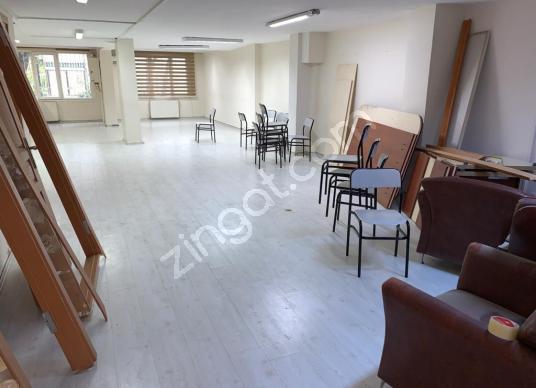 Bağlarbaşı merkezde cadde üzerinde 180 metre² ofis katı kiralık - Salon