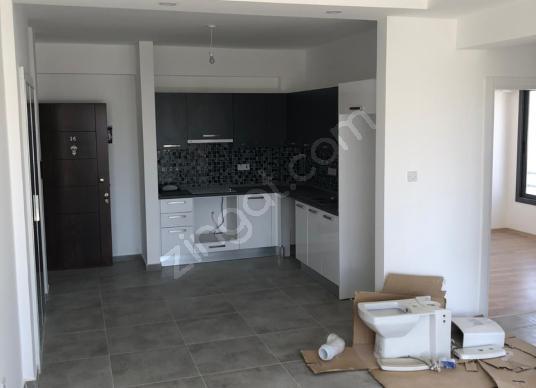 Dereboyu'nda Türk Tapulu 95m2 Penthouse KDV YOK - Salon