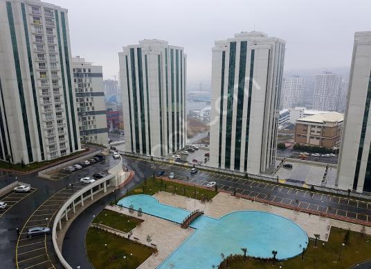 Flat (2+1) with a great view in PRESTIJ PARK 4 SALE - Yüzme Havuzu