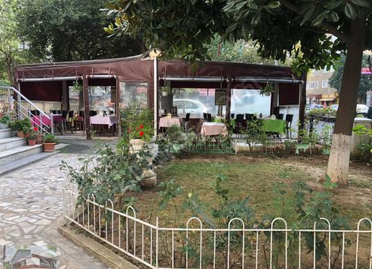 Century21 Sahra dan İçerenköyde Yüksek Cirolu Otoparklı Cafe - Bahçe