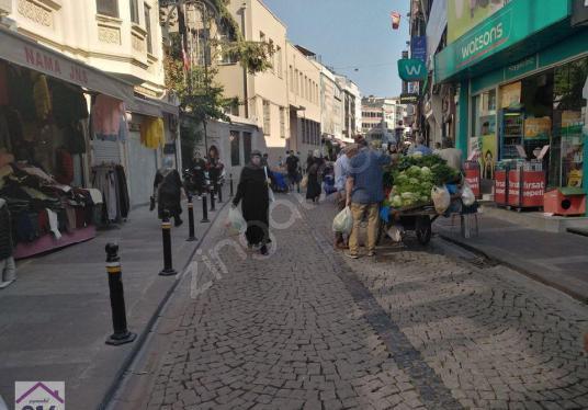 GAYRİMENKUL 216'DAN ÜSKÜDAR HUZUR ÇARŞISINDA 2DÜKKAN SATILIK - Sokak Cadde Görünümü