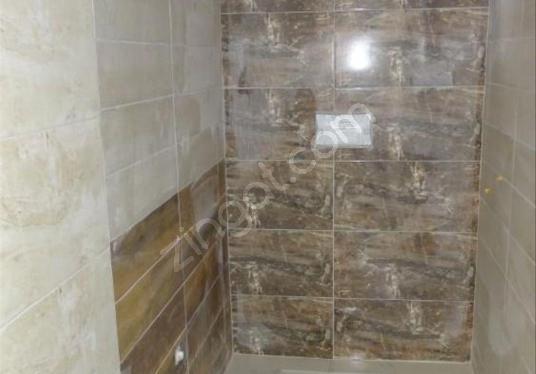 ÇAKMAK MAHALLESİNDE 400M2 KİRALIK İŞ YERİ - Banyo