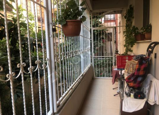 Karşıyaka Ata Kent Yalı da Satılık 3+1 Bahçeli Lüx Daire - Balkon - Teras